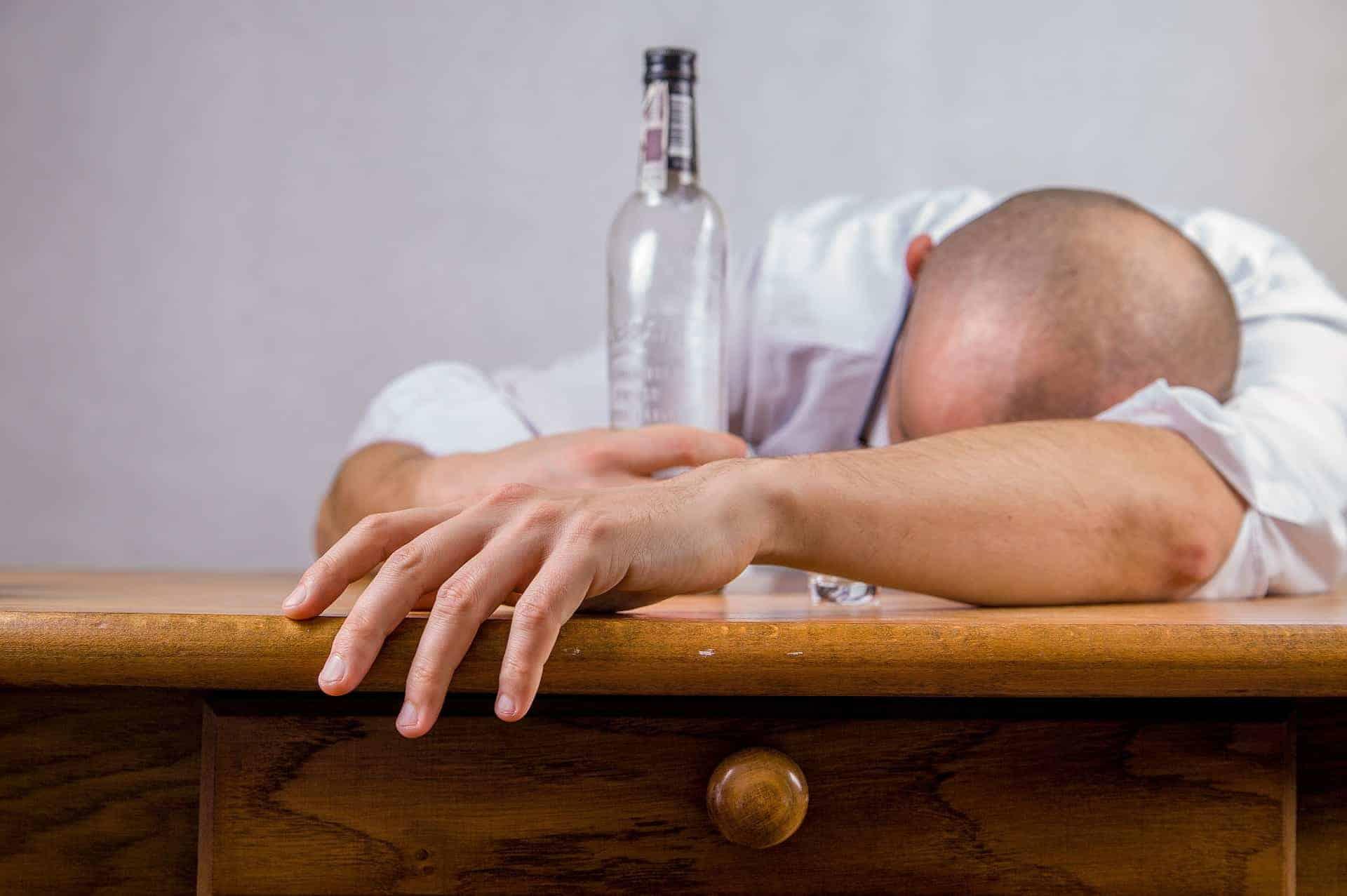 Wie Alkohol und Rauchen die Libido beeinflussen?